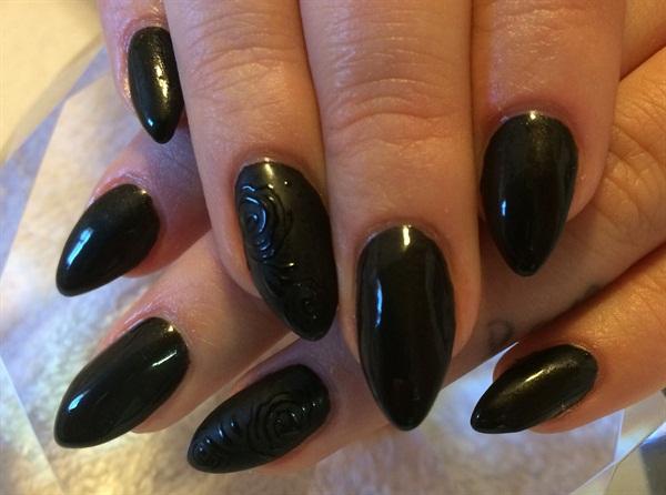 Day 309 Black Matte Roses Nail Art Nails Magazine