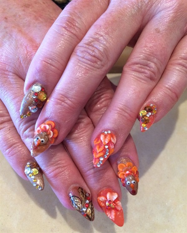 Day 331: Thanksgiving Day Nail Art - - NAILS Magazine