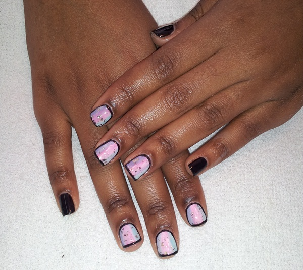 Day 81: Pastel Outlined Nail Art - - NAILS Magazine