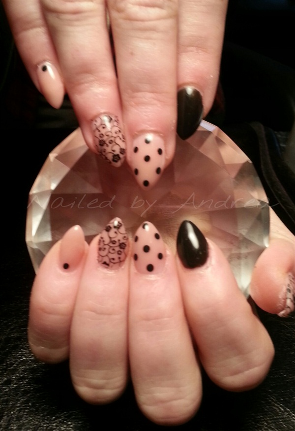 Day 90 Polka Dot Accent Nail Art Nails Magazine