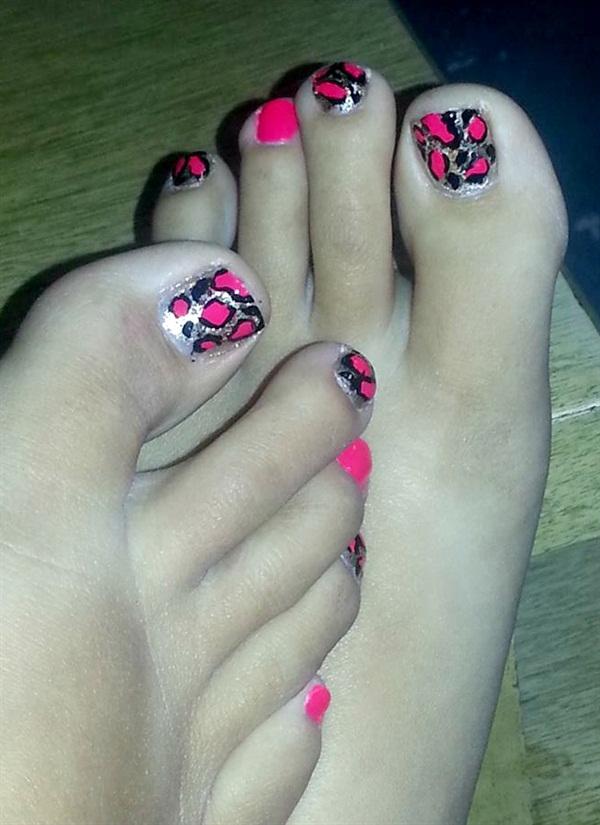 Day 99 Pink Gold Leopard Pedi Nail Art Nails Magazine