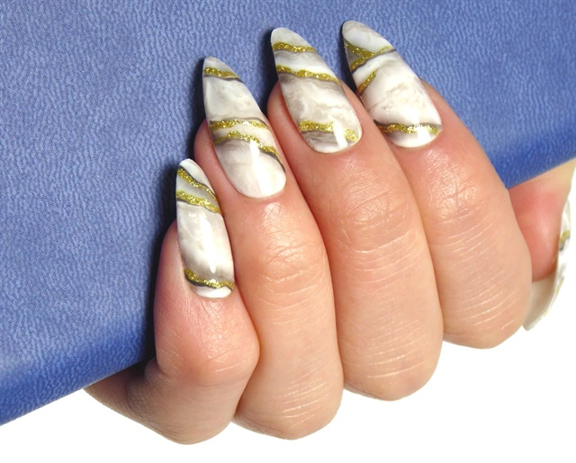 "<p>Nails by <a href=""https://www.etsy.com/au/shop/ESZakka"">E.S. Zakka</a></p>"