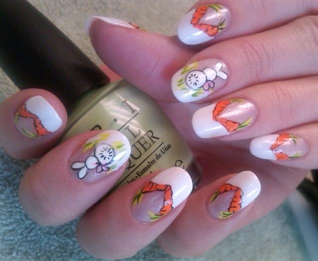 Маникюр ногтей с зайцами 419