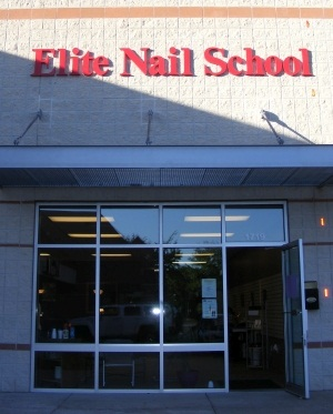 <p>Elite Nail Scool is located in Madison, Wis.</p>