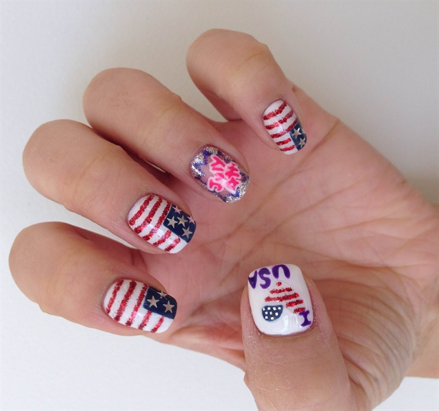 I love the usa nail art style nails magazine 5 paint a heart shape on the thumb using a thin paintbrush paint red glitter stripes and a small blue patch using white nail polish anda needle prinsesfo Images