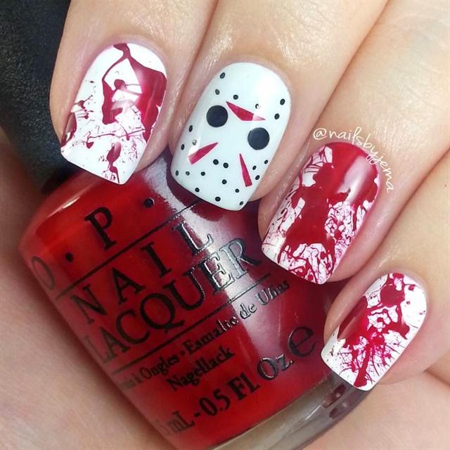 "<p> <a href=""http://www.nailsbyjema.com/2014/10/jason-voorhees-blood-splatter-nails.html""> Via nailsbyjema.com </a>. </ p>"