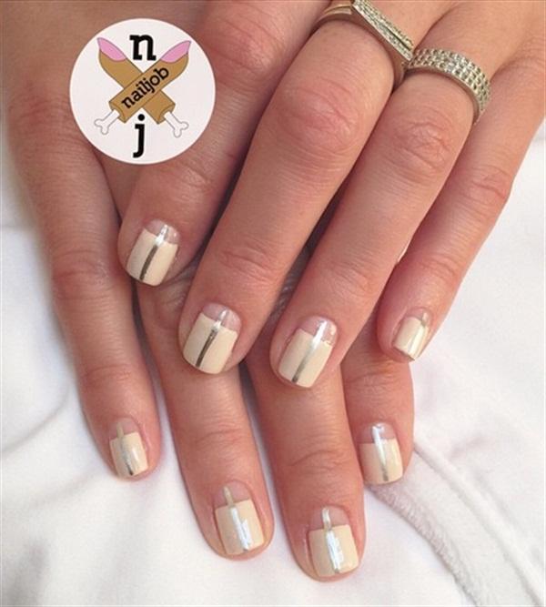 <p>Nails by Fariha Ali for Maria Menounos. Image via @nailjob.</p>