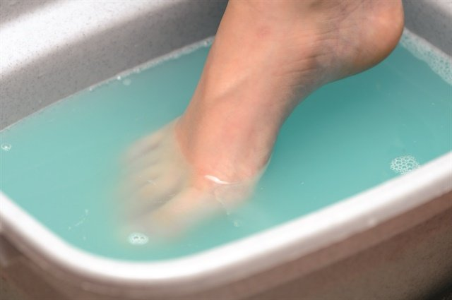 <p>The benefits of soaking in Epsom salts include improved blood flow, decreased swelling, and decreased inflammation.</p>
