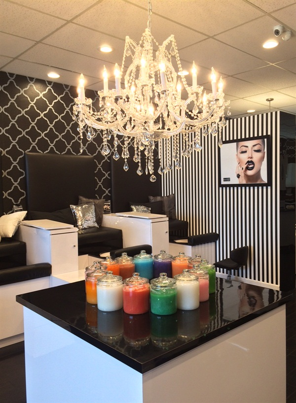 Glo\'s Grand Re-Opening - - NAILS Magazine