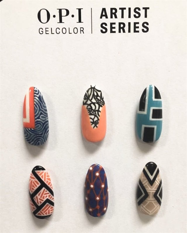 <p>Nail art by @theillustratednail</p>