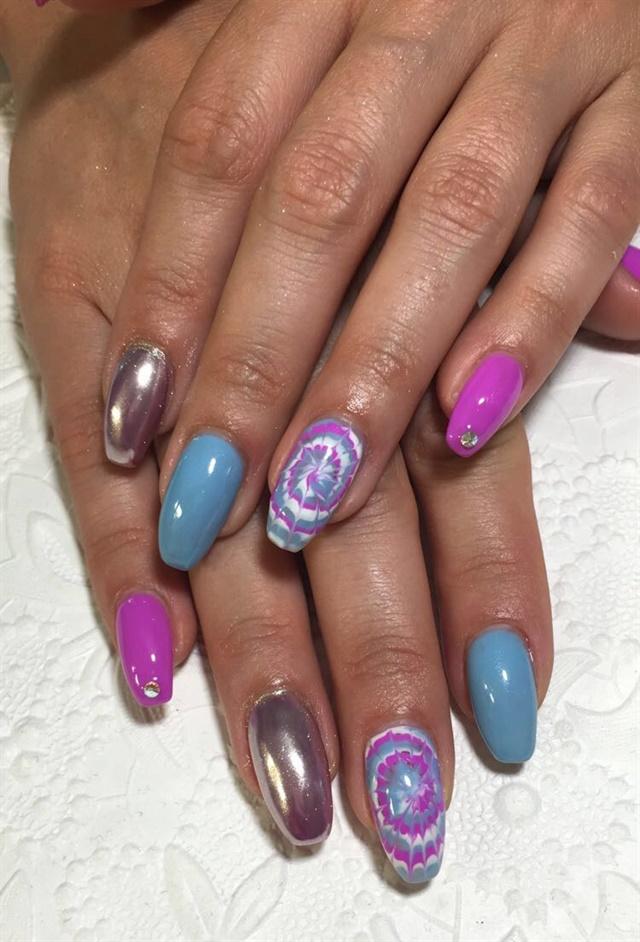 Day 203: Tie-Dye & Chrome Nail Art - - NAILS Magazine