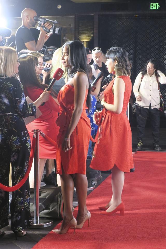 <p>Gina Edwards and Yoko Sakakura walking the red carpet</p>
