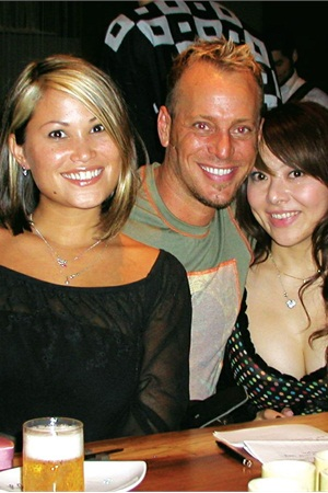 <p>Tom Holcomb and his two best girls Alisha Rimando and Eriko Kurosaki celebrate at the after party. Eriko was a judge for several of the categories and Alisha placed sixth in the division A French sculpt category.</p>