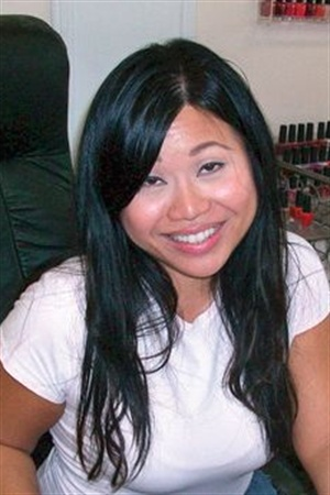 <p>Demo by June Ly, of Tara Nails in Colleyville, Texas.</p>