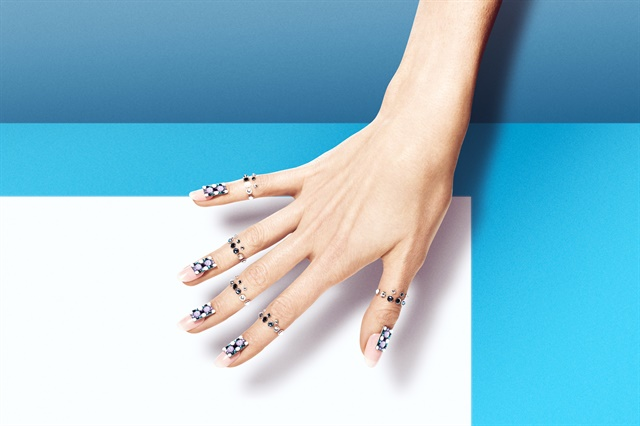 Leisure inspired nails by Eichi Matsunaga.