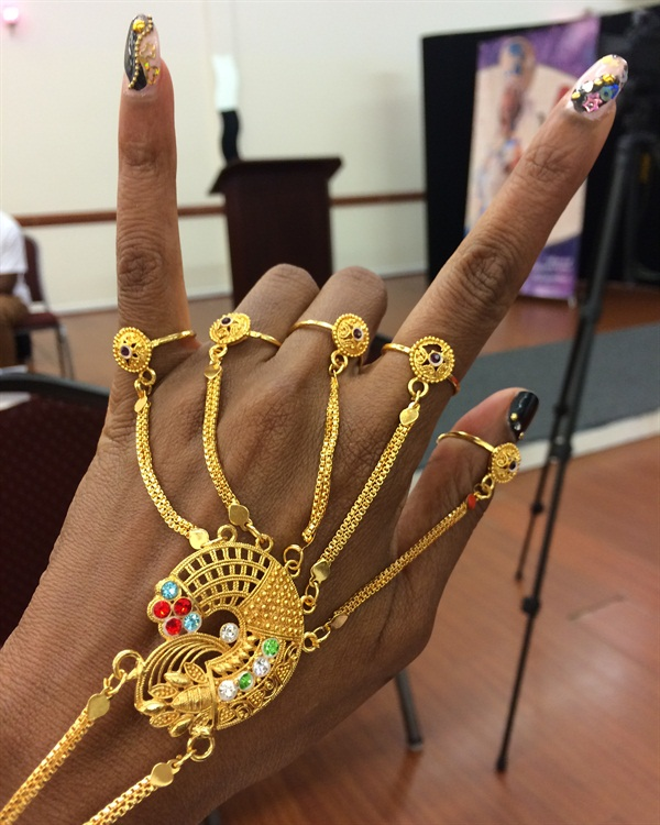 <p>Dunbar's nails for the event</p>