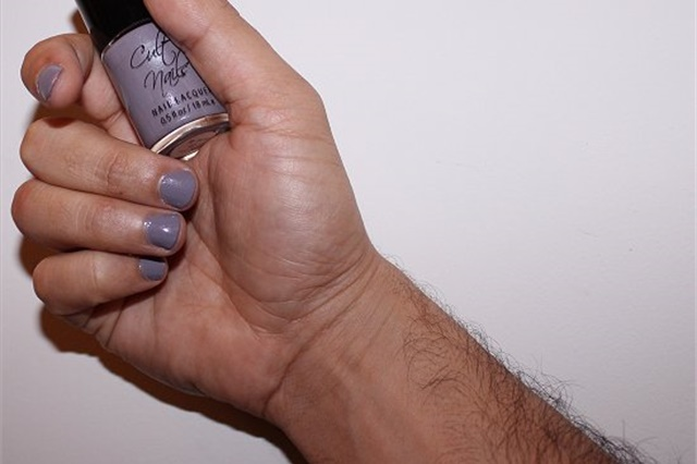 Could You Be a Hand Model? - - NAILS Magazine