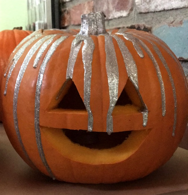 Ncla brings lacquer to halloween pumpkin carving