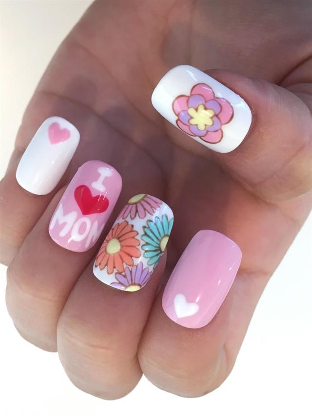 I Heart Mom Nail Art Tutorial Style Nails Magazine