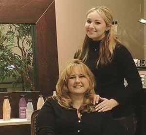 <p>Cathy Neben and daughter Susanna</p>