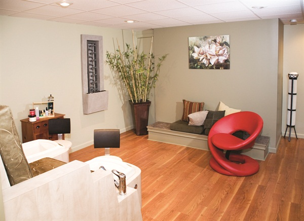 <p>The Nail & Hair Gallery's pedicure area</p>