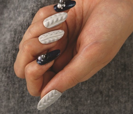 Sweater Nail Art With Noq Gelly Queen 3 D Gel Technique Nails