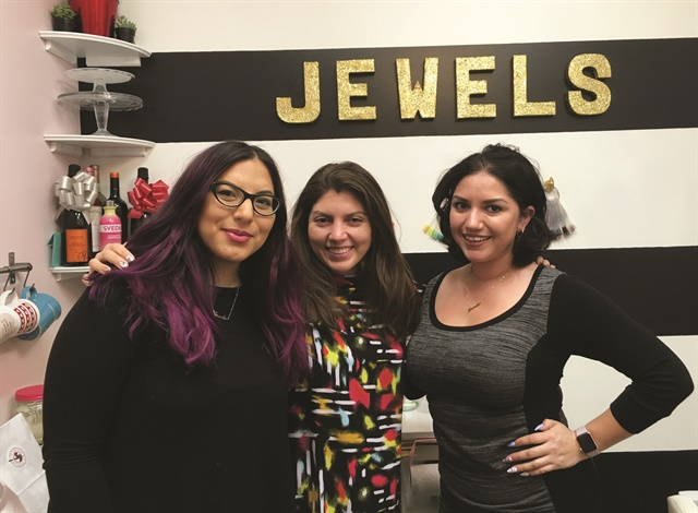 <p>That's me (center) with Nicole Rios (right), and Ellegra Davis (left).</p>