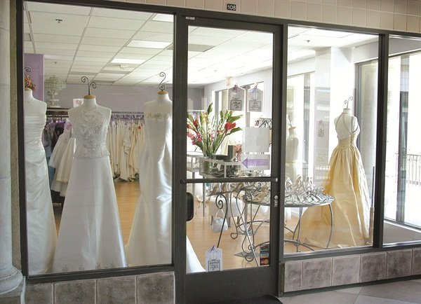 <p>Get the inside track by cultivating a relationship with wedding planners in your area. Offer them free nail services or promise to refer your clients — whatever it takes to catch their interest.</p>