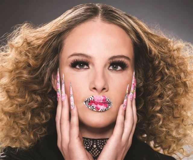 <p>Entry by NAHA 2016 Nail Professional of the Year Cassandra Clark of Tangerine Salon & Spa in Coppell, Texas.>></p>