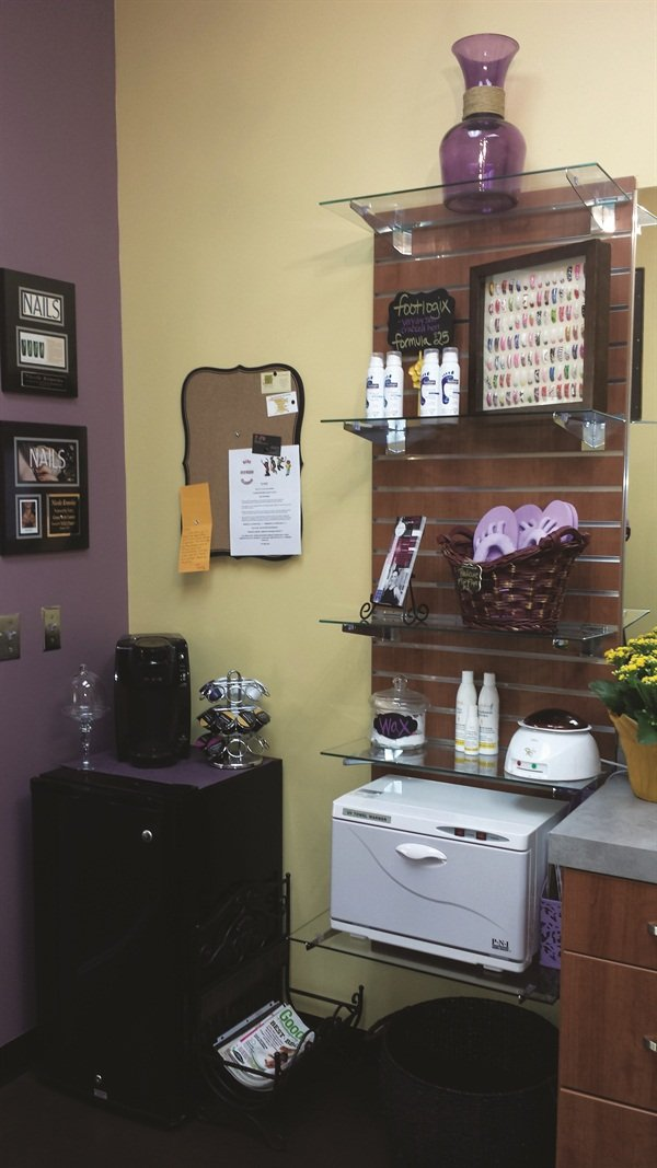 <p>Water and electricity are included in the rent for Brock's Nail Nook.</p>