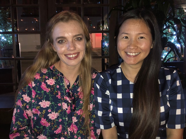 <p>Nail tech Chelsea King and VietSalon editor Anh Tran</p>