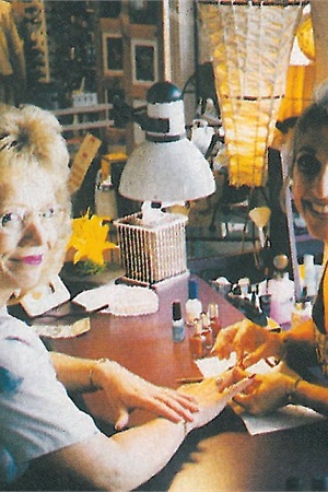 <p>Gina is so concerned about her clients' well-being that she formed the Delaware Manicurists Alliance over concern that salons' use of MMA was growing.</p>