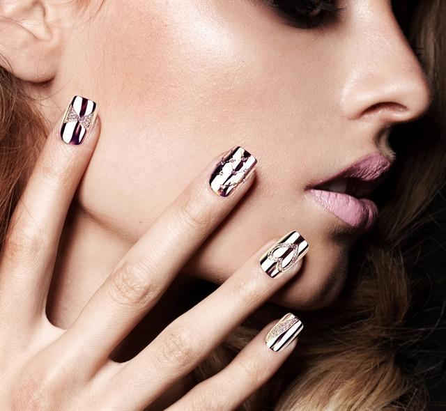 Diamond Encrusted Nail Tips From Samantha Cham Style Nails Magazine