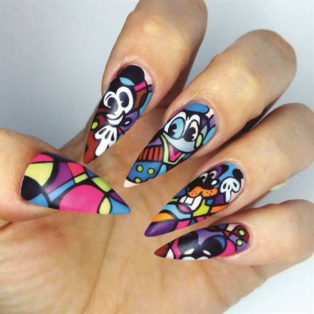 Sarah Elmaz's Picasso-inspired Mickey Mouse nail design.