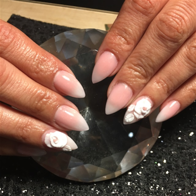 <p>This design was done by Chantel for a client's 40th birthday. Chantel is trying to perfect her ombre</p>