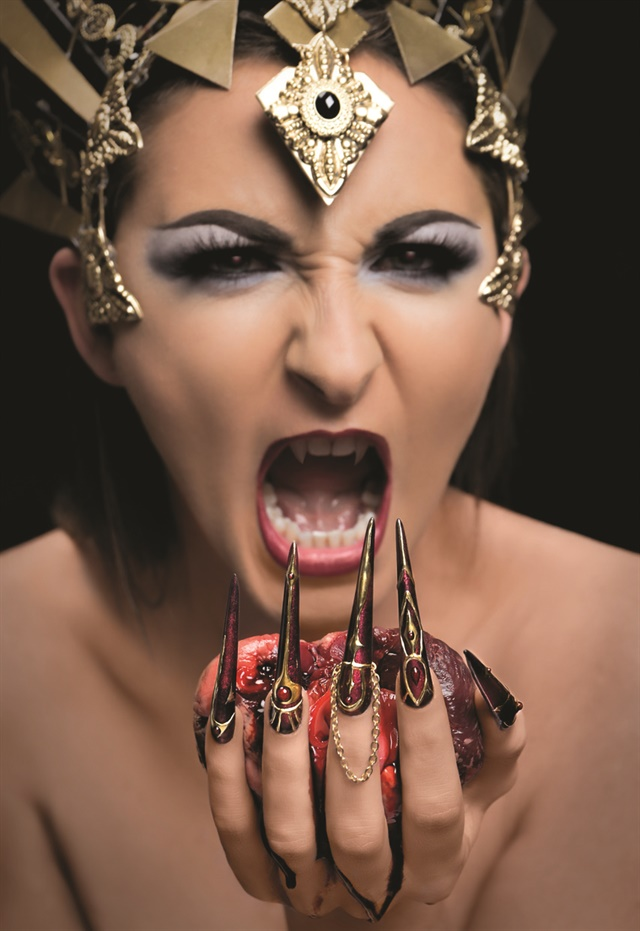 <p>1st place: Scarlett Senter<br />Senter Nail Artist<br />Kings Lynn, Norfolk, England</p>