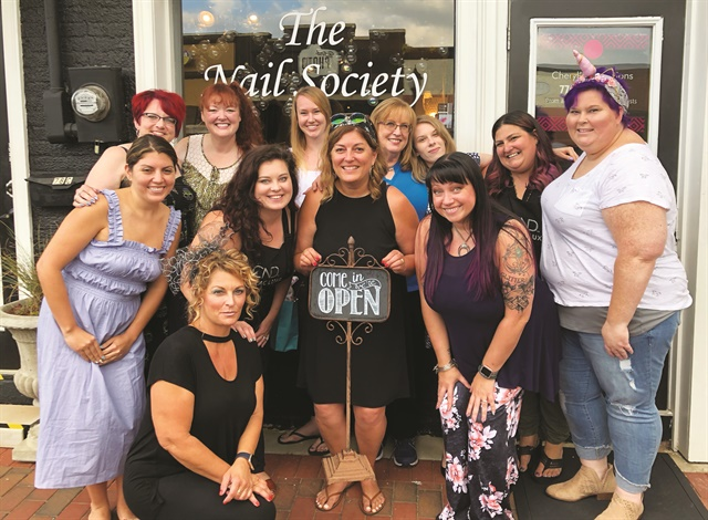 <p>The Nails Over Georgia group gave the NAILS team a warm Southern welcome to Atlanta.</p>
