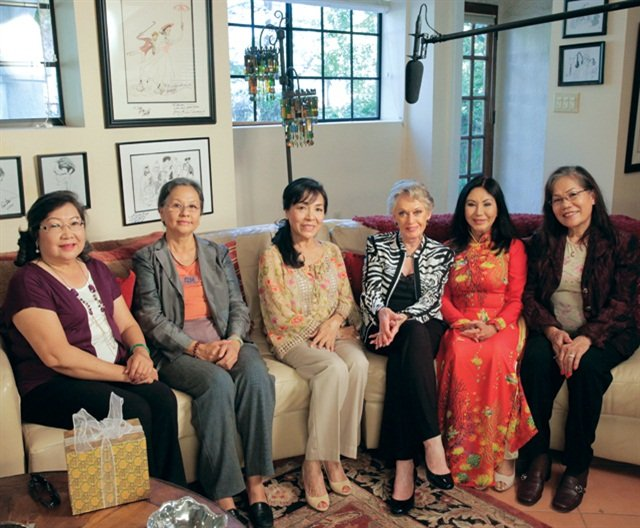 Hong Ton, Kim-Dung Nguyen, Thuan Le, actress Tippi Hedren, Yen Nguyen, and Anh Vu reunited for an interview with director Adele Pham for her documentary, #NailedIt: Vietnamese & the Nail Industry. Pham plans on premiering the documentary in Spring 2016.
