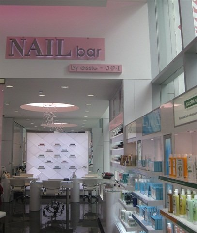 <p>At its Chicago flagship, Walgreens boasts a Nail Bar staffed by licensed nail techs that offers nail art, manicures, French manicures, gel nails, and polish changes.</p>