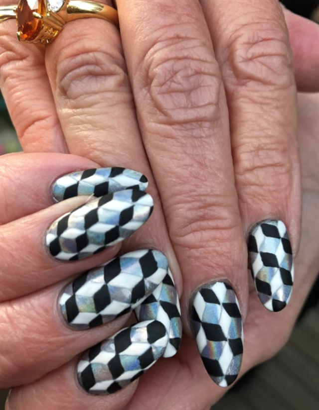 <p>Jan's nails for the event, done by Lauren Wireman</p>