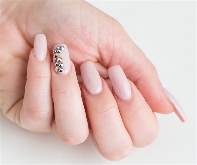 How to Apply Swarovski Crystals That Last - Technique - NAILS Magazine