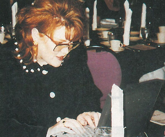 <p>The NAILS Industry Awards may not have made the evening news, but nail technicians across the nation were tuned in live to the banquet, thanks to Debbie Doerrlamm, who logged onto the Sunday evening chat session on America Online. Here, Nail Technician of the Year finalist LaCinda Headings took a turn at the keyboard.</p>