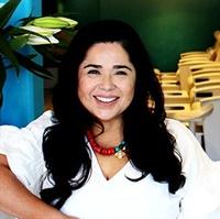 <p>Claudia Cordova Papa</p>