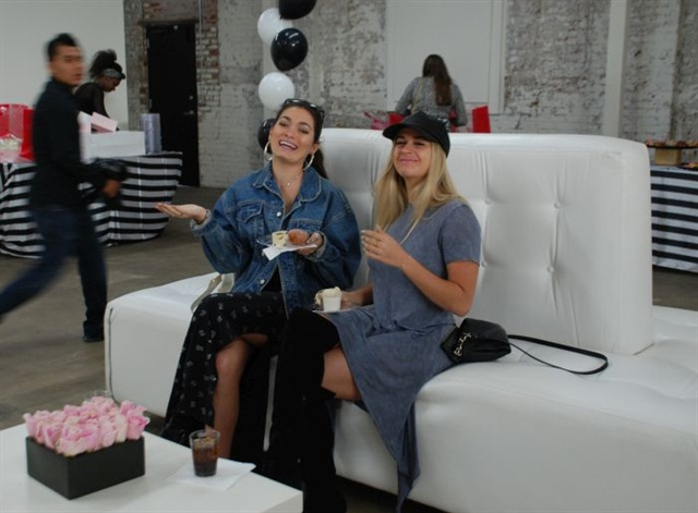 <p>The launch party introduced the press to Colvon's founder and offered free nail art services, hors d'oeuvres, and a tour of the truck.</p>
