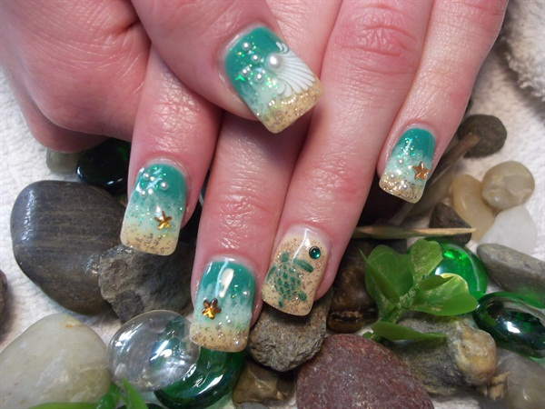 Nikki Stratton, Nikki's Nails, Williams Lake, British Columbia, Canada - Day 134: Beach Nail Art - - NAILS Magazine