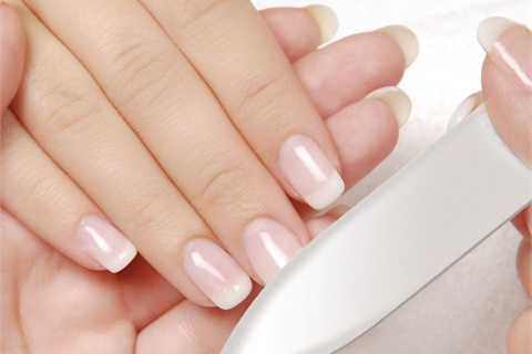 How To Get Younger Looking Hands Naturally