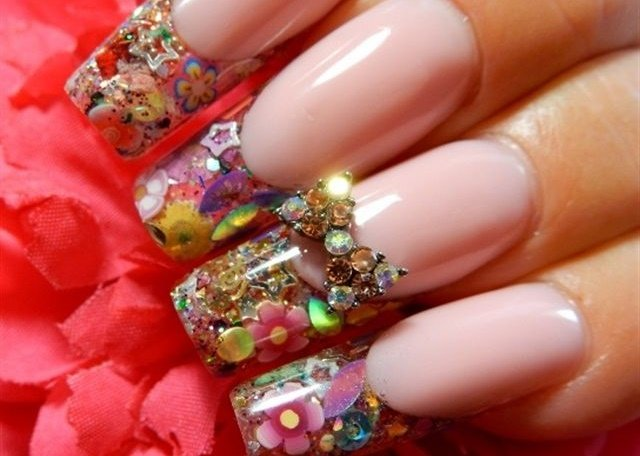 <p>Nails by Denise Heavner</p>