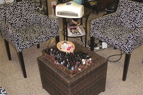<p>Coffee and wine are available while clients relax and choose from the wide assortment of colors.</p>