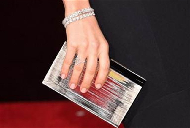 Image via Red Carpet Manicure