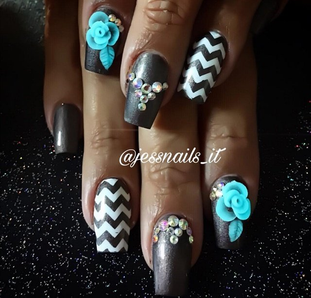 Nails by @jessnails_it